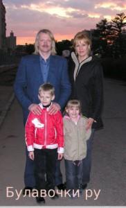 "Семейное фото Сергея Скачкова, гр. ""Земляне"""