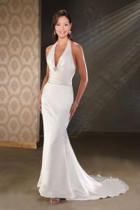 длинное, обтягивающее свадебное платье в стиле элегант