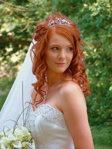 свадебная прическа для короткой и средней длины волос