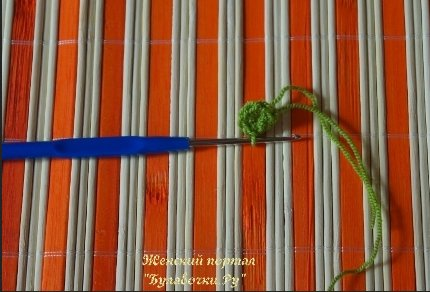 поделка вязаная змея
