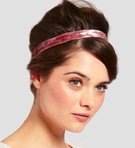 Прически с повязкой для волос на голове, на лбу