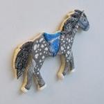лошадка-магнит фото