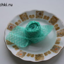 Как сделать из салфетки розу для сервировки стола