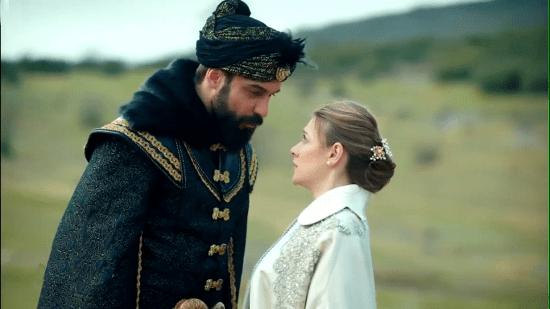 Султан Махмуд пытается признаться Анне в любви