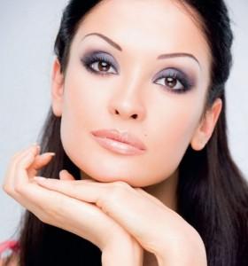 макияж для карих глаз фото