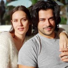 Бурак Озчивит и Фахрие Эвджен скоро станут родителями
