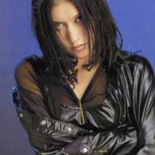 Куда пропала «ворона» из 90-х — певица Линда?
