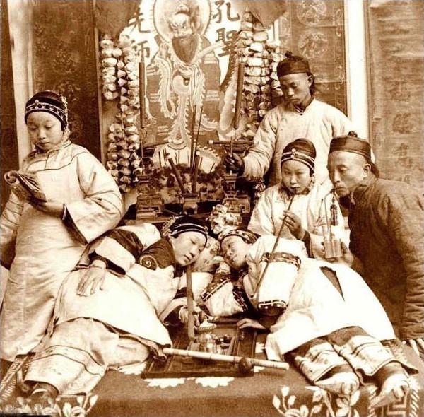 Дворцовые евнухи в Китае