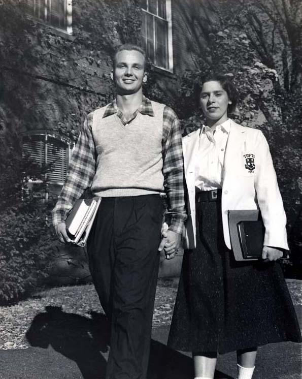 Молодая Кети Юнг с мужем